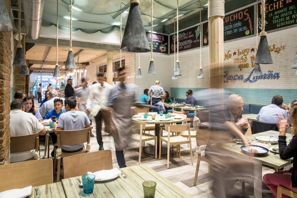 reserva mesa experiencia yakumanka barcelona restaurante peruano